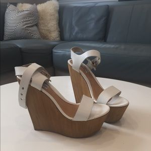 Steve Madden wedge leather sandals